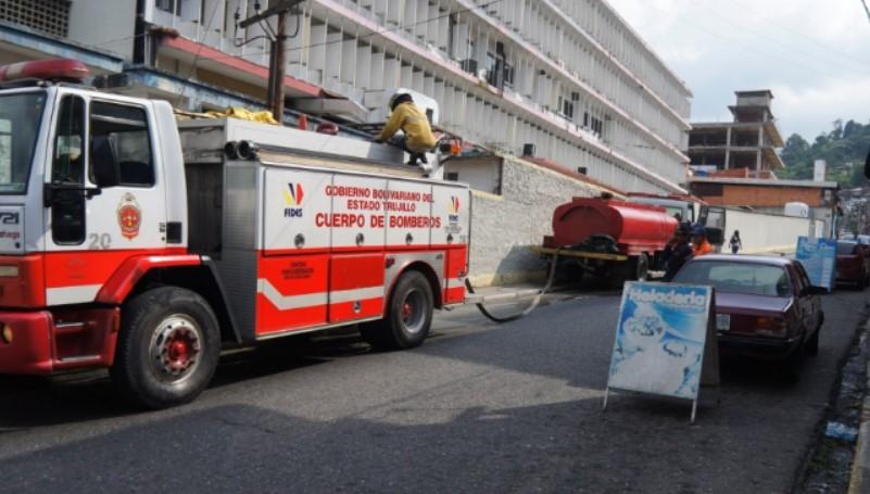 Detenido ciudadano en Trujillo que grabó a carro de bomberos accidentado
