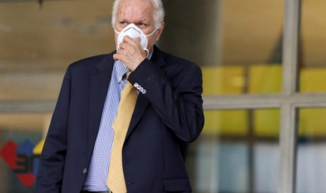 Rector Rafael Simón Jiménez renunciará al CNE