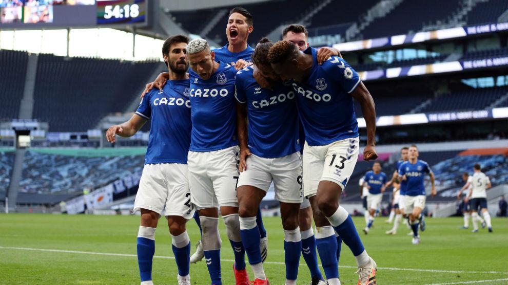 El Everton y James Rodríguez sorprendieron al Tottenham
