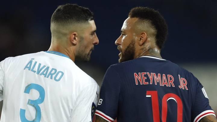 Álvaro González recibió amenazas de muerte tras incidente con Neymar