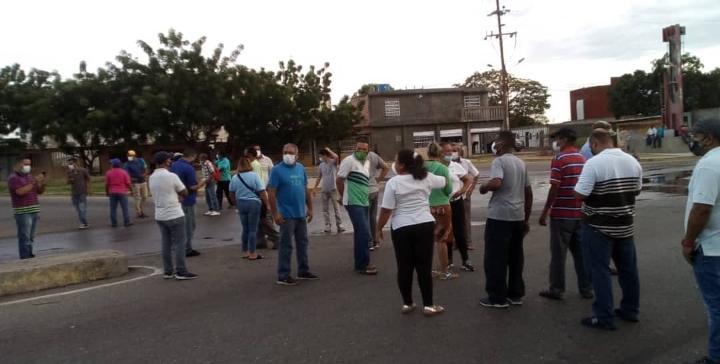 Pacientes crónicos de Maracaibo protestaron por combustible
