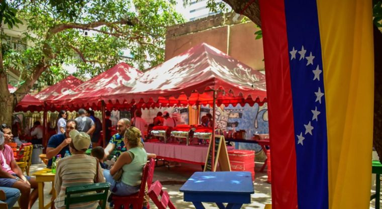 Dos culturas unidas por la arepa: celebración del Día Mundial en la ciudad de Barranquilla. 2019. Foto: Mery Granados / El Heraldo Colombia