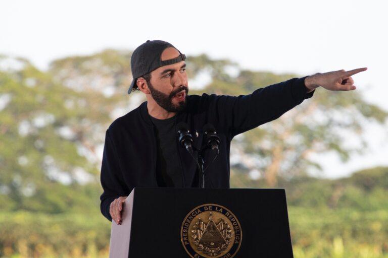 Presidente Bukele destacó descenso de contagios en El Salvador desde el 24 de agosto