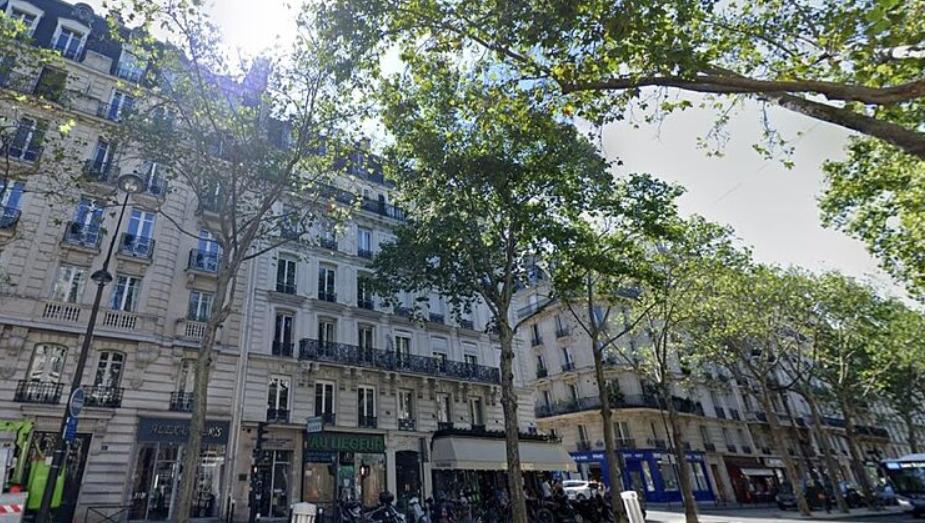 Medio millón de euros en un sótano de París: la policía francesa investiga