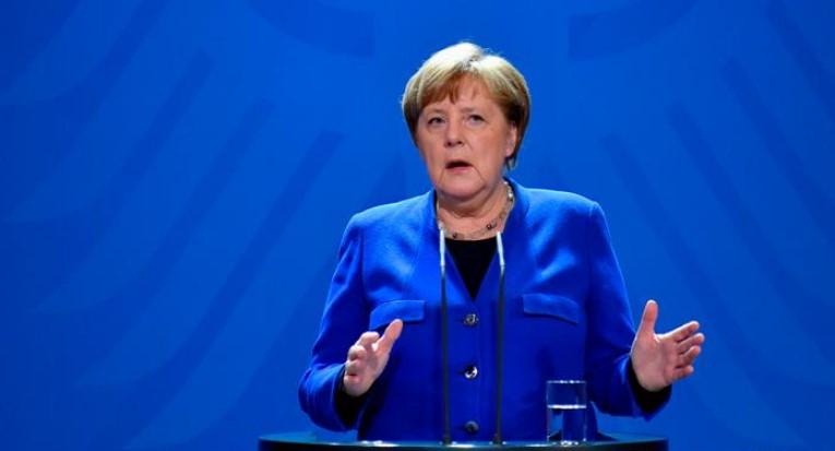 Merkel condenó envenenamiento de líder opositor ruso Navalny
