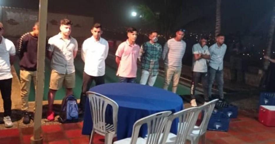 """32 detenidos en Barquisimeto por participar en """"fiesta clandestina"""""""