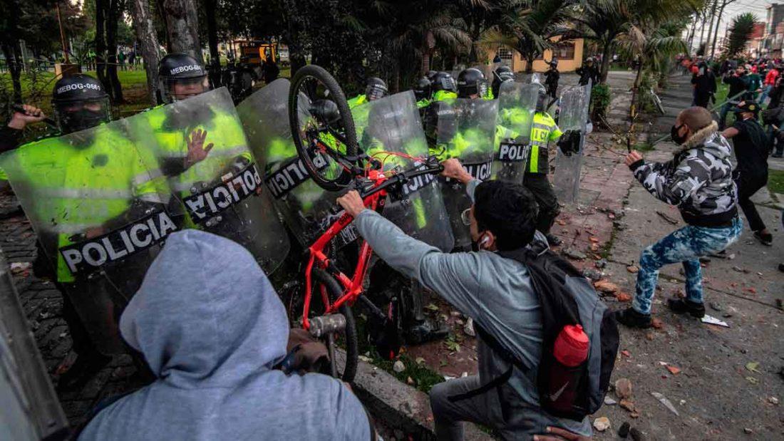 Disminuyó número de manifestantes en protestas contra violencia policial en Colombia