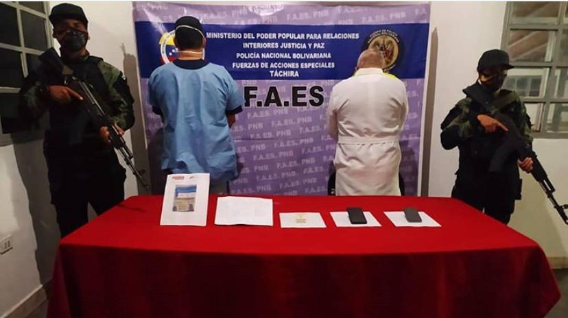 Detenidos médicos por venta de certificados falsos de pruebas rápidas