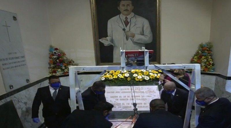 exhumación de José Gregorio Hernández