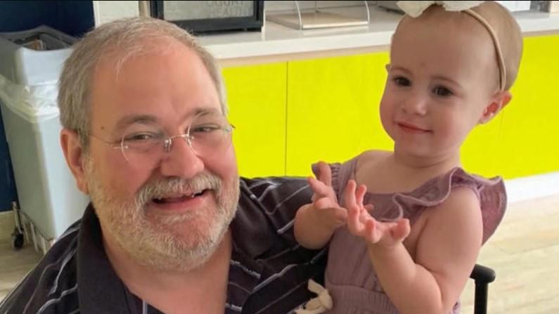 """Tras dejar caer a su nieta de un crucero: se declaró culpable de """"homicidio negligente"""""""