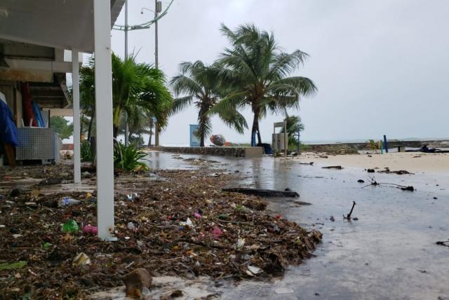 huracán Iota