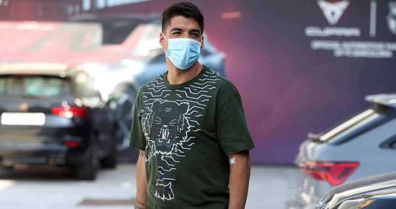 ¡Nuevo positivo del pistolero! Luis Suárez sigue con covid-19