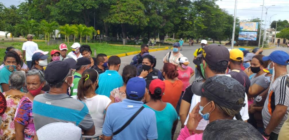 Segundo día de protestas en Cumaná por aguda crisis de los servicios públicos