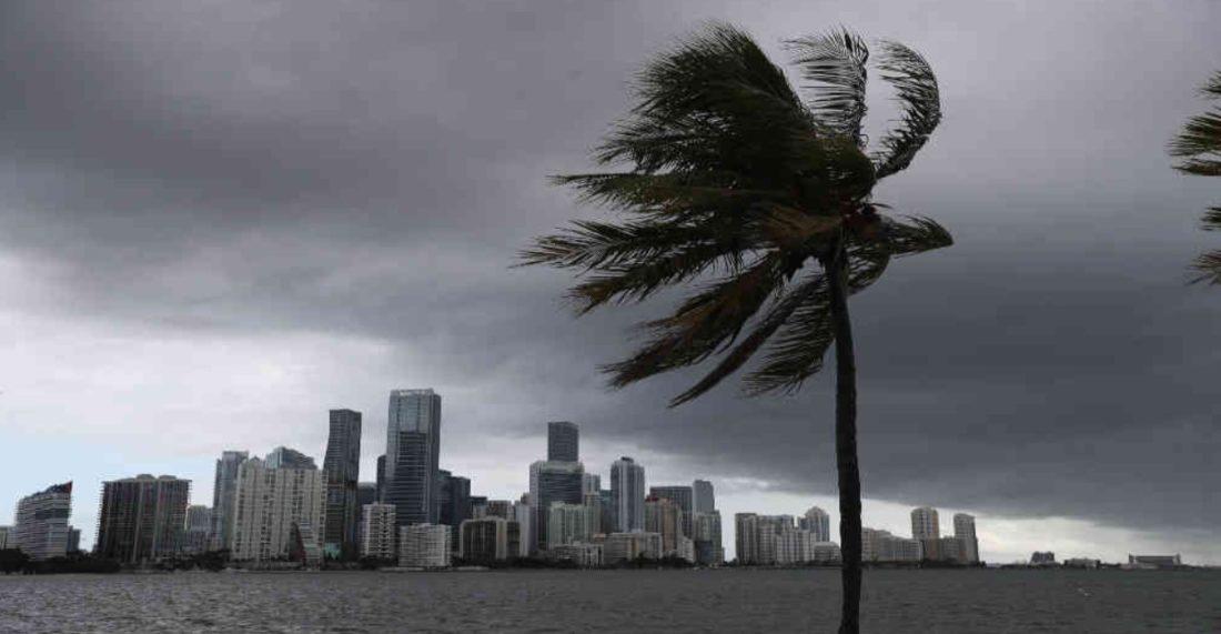 Alerta de huracán en Florida por llegada de Eta