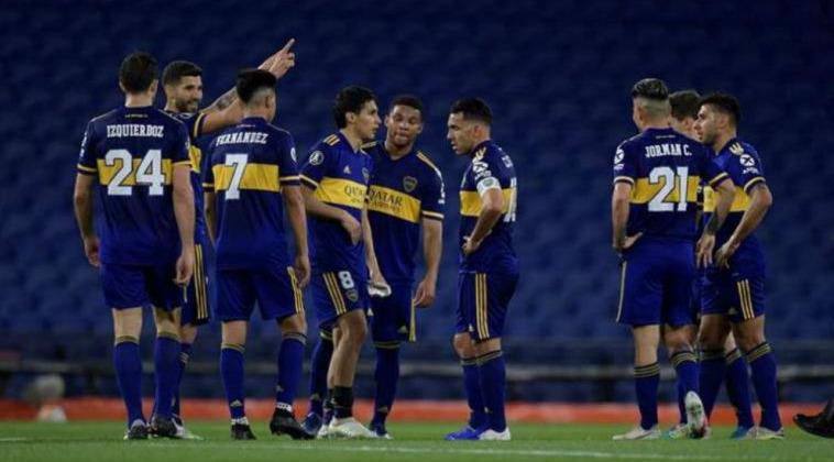 Duelo de Boca Juniors se aplazó por luto a Maradona