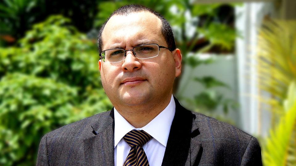 oswaldo Ramírez - consultor