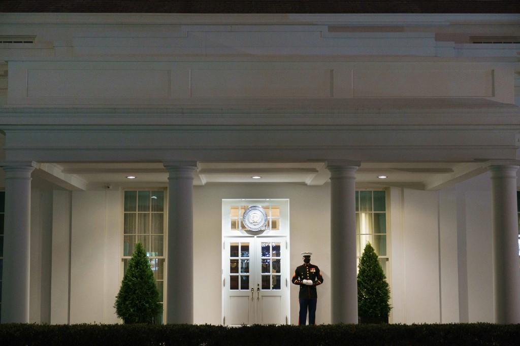 Renuncias y resquebrajamiento en el gobierno de Trump